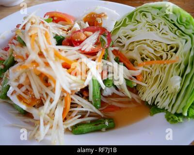 Le go t de la tha lande thai oeuf sal salade de fruits - Cuisine thailandaise traditionnelle ...
