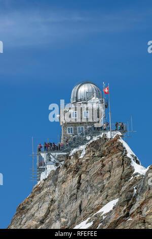 La Suisse, les Alpes, Berner Oberland, Grindelwald, Jungfraujoch. Au printemps. Sfinx terrasse. Banque D'Images