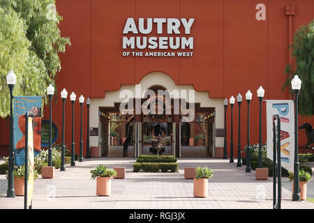 Los Angeles, CA / USA - Le 22 décembre 2017: l'entrée avant de l'Autry Museum of the American West à Griffith Park, Los Angeles, USA est indiqué sur Banque D'Images