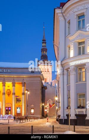 L'aube d'hiver dans la vieille ville, Tallinn, Estonie. Banque D'Images