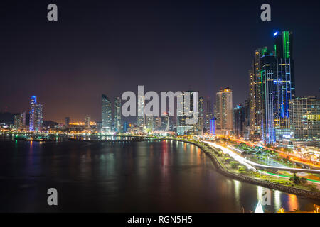 Panama, Panama City, Skyline at night Banque D'Images