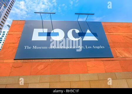 Los Angeles, California, United States - 9 août 2018: pancarte MOCA, Musée d'Art Contemporain sur Grand Avenue dans le centre-ville de Los Angeles. Banque D'Images