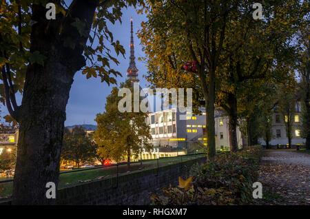 Mole Antonelliana Turin vue depuis les jardins royaux1