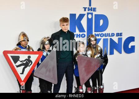 Londres, Royaume-Uni. 06Th Feb 2019. Tom Taylor arrive à l'enfant qui serait le roi le 3 février 2019 à l'odeon Leicester Square Luxe, Londres, Royaume-Uni. Credit Photo: Alamy/Capital Live News
