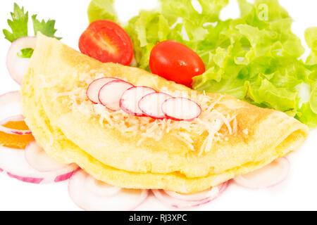 Omelette aux légumes frais Banque D'Images