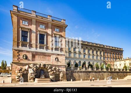 16 Septembre 2018: Stockholm, Suède - Royal Palace de Stadsholmen, Gamla Stan, la vieille ville dans la capitale suédoise, sur une belle journée d'automne. Banque D'Images