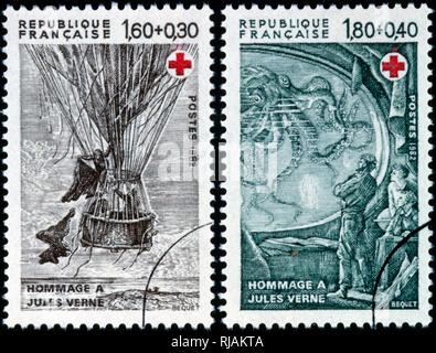 Timbre français représentant des illustrations de livres de Jules Verne. 1982