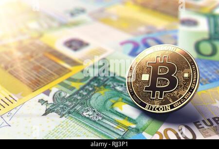 Coin Bitcoin sur Euro bills. Situation de l'Europe unie en Bitcoin concept. Le rendu 3D