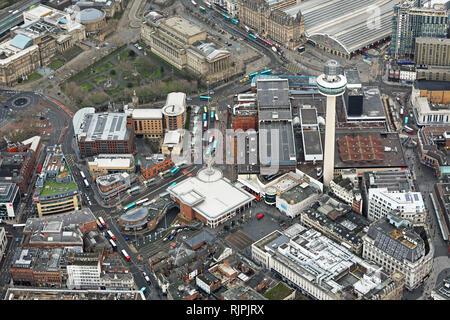 Vue aérienne de St Johns Centre commercial et alentours dans le centre-ville de Liverpool Banque D'Images