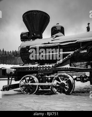 Train à vapeur dans la neige, Elbe Washington Banque D'Images