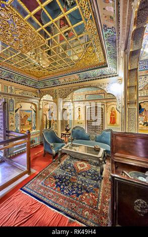 Capture d'intérieur orné et décoré Kothari Patwa Haveli, Jaisalmer, Rajasthan, India