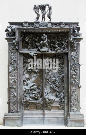 '''Les portes de l'enfer'', sculpture d'Auguste Rodin. Musée Rodin. Paris. France Banque D'Images