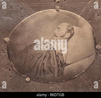 Daguerréotype d'une peinture miniature ovale du Tsar Nicolas I (1796-1855) sur son lit de mort. Banque D'Images
