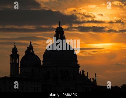 Au coucher du soleil Grand Canal, Venise, Italie.