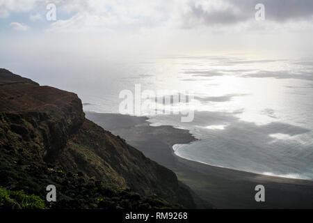 Rayons de soleil tombant sur l'océan, Lanzarote Banque D'Images
