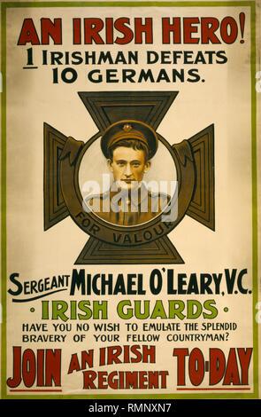 La Première Guerre mondiale affiche de recrutement destiné aux groupes d'Irlande montrant le sergent Michael O'VC de l'Irish Guards qui seule facturé et détruit deux mitrailleuse allemande barricades près du village de cuinchy. Banque D'Images