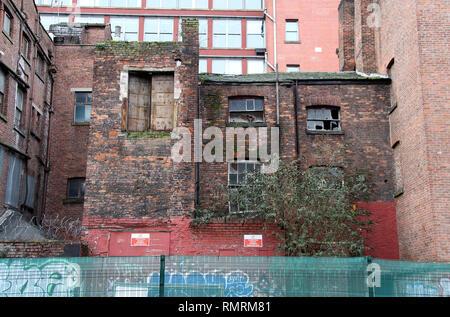 La propriété à l'abandon dans le quartier Nord de Manchester Banque D'Images