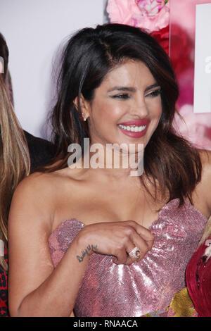 Priyanka Chopra 02/11/2019 La première mondiale de 'n'est ce pas romantique' qui s'est tenue au théâtre à l'Ace Hotel à Los Angeles, CA Photo: Cronos/Hollywood News
