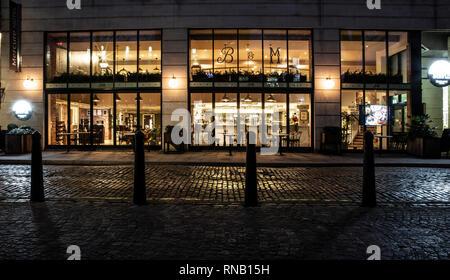 BRISTOL, Royaume-Uni - 16 février 2019: Le babeurre & Maple, Bar et Restaurant de nuit à l'hôtel Mecure, Bristol, Royaume-Uni Banque D'Images