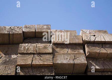 De vieux bois dans un marchand Banque D'Images