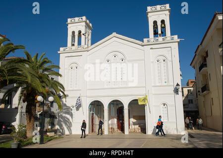 Église orthodoxe sur la place Syntagma, Nauplie, Grèce Banque D'Images