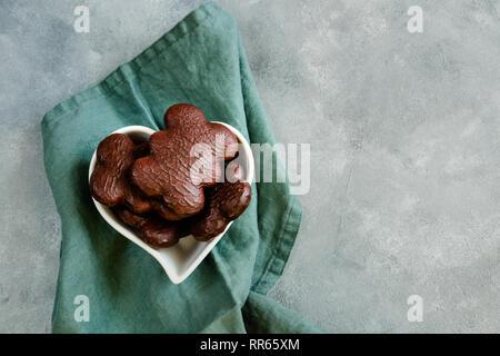 D'épices de Torun en chocolat, biscuits traditionnels polonais produits depuis le Moyen Âge dans la ville de Torun Banque D'Images