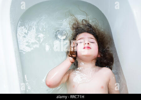 girl shower hair clean child bare shower bathrooms shampoo