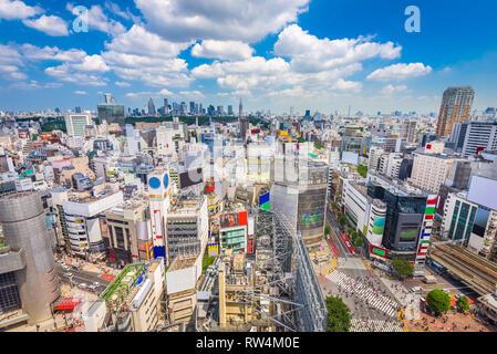 Shibuya, Tokyo, Japon ville sur Shibuya Scramble en concordance de l'après-midi. Banque D'Images