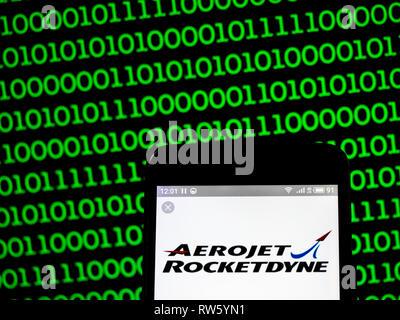 Aerojet Rocketdyne logo de l'entreprise vu affichée sur smart phone Banque D'Images