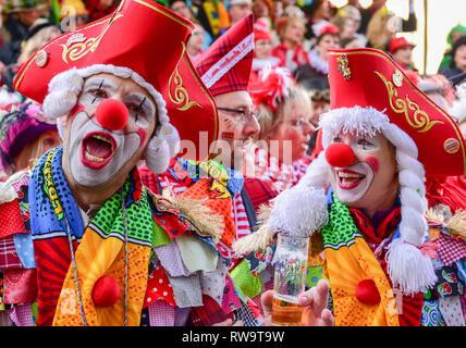 Carnaval de Cologne célèbre fêtards Banque D'Images