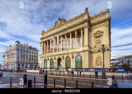 Marseille vieille ville france banque d 39 images photo stock 90673079 alamy - Chambre des commerce marseille ...
