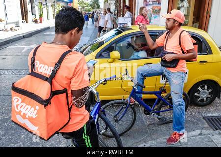 Colombie, Cartagena, centre de la ville ancienne murée, Centro, Rappi, démarrage de livraison à la demande, Hispaniques latino-Latino-Latino-Latino ethnies Banque D'Images