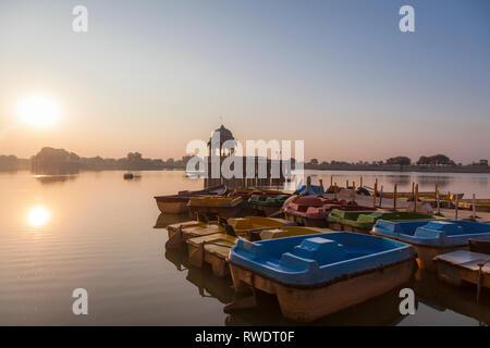 Gadisar Lake, Jaisalmer, Rajasthan, Inde, Asie