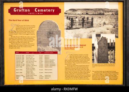 Panneau d'interprétation au cimetière, Grafton Grafton Ghost Town, Utah USA Banque D'Images