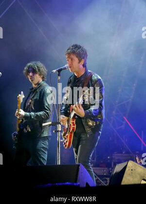 Noel Gallagher joue le festival victorieux à Portsmouth en 2016 Banque D'Images