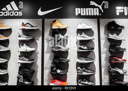 chaussure adidas puma
