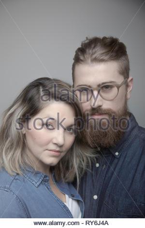 Portrait couple confiant Banque D'Images