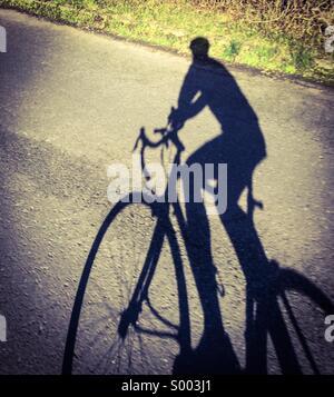 Vélo de route ombre Banque D'Images