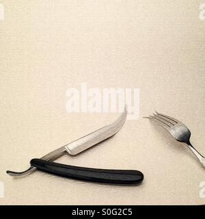 Manipulées numériquement image montrant la gorge coupe fourchette et couteau rasoir donnant un fantasty type steampunk Banque D'Images