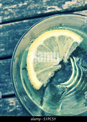 L'eau glacé au citron Banque D'Images