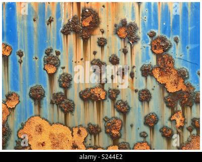 Orange & bleu résumé des tendances de la rouille sur le métal. Banque D'Images