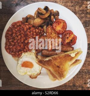 Le petit-déjeuner végétarien complet Banque D'Images