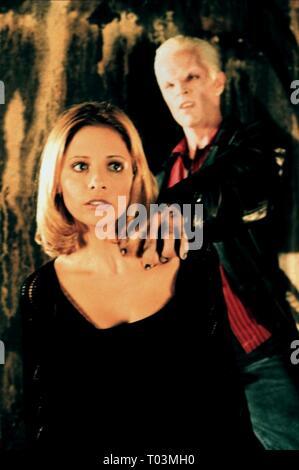 SARAH MICHELLE GELLAR, James Marsters, Buffy Contre Les Vampires: Saison 2, 1997 Banque D'Images
