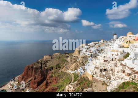 Coucher de soleil à Santorin île grecque, Oia, Santorin, Grèce. Banque D'Images