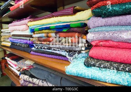 Les soies Soho un tissu et couture boutique à Soho, Londres Banque D'Images