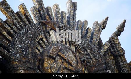 Hammer & Sickle sculpture à l'exposition à Moscou. Banque D'Images