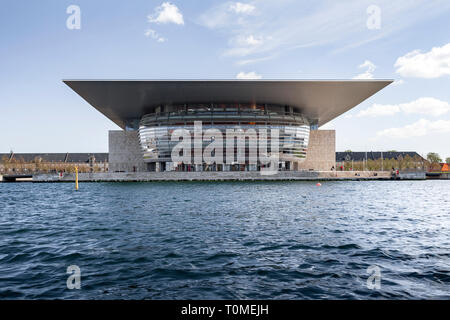 Royal Opera House, à l'Opéra National le canal interne, construit par Henning Larsen, Holmen, Copenhague, Danemark