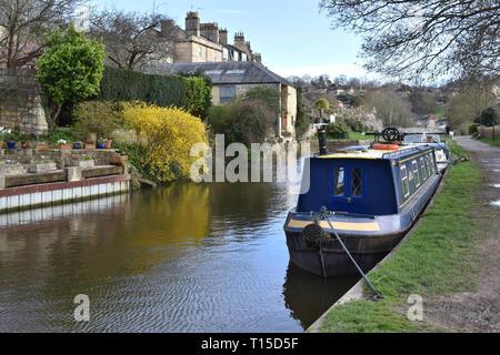 Le canal Kennet et Avon à Bath, Somerset Banque D'Images