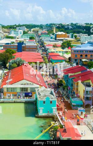St. John's Antigua est la capitale et la plus grande ville d'Antigua-et-Barbuda, situé dans les Antilles dans la mer des Caraïbes et avec une population de 22