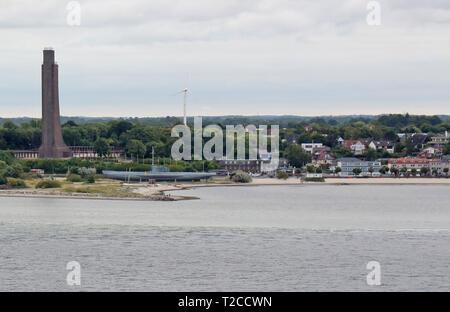 05 juillet 2018, le Schleswig-Holstein, le mémorial naval de Laboe: et le sous-marin dans la mer Baltique dans la station balnéaire de Laboe Probstei dans le district de Plön dans Schleswig-Holstein sur la rive est de la Kieler Förde. Photo: Holger Hollemann/dpa Banque D'Images